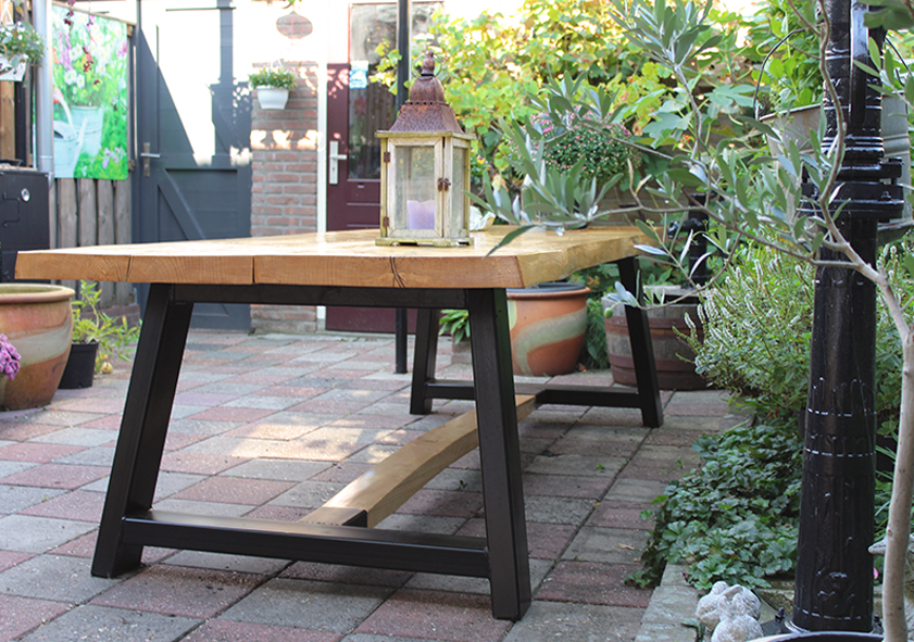 Project Robuuste Tuintafel 1
